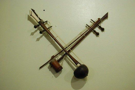 Sophys-Cambodian-Musical-Instruments.jpg